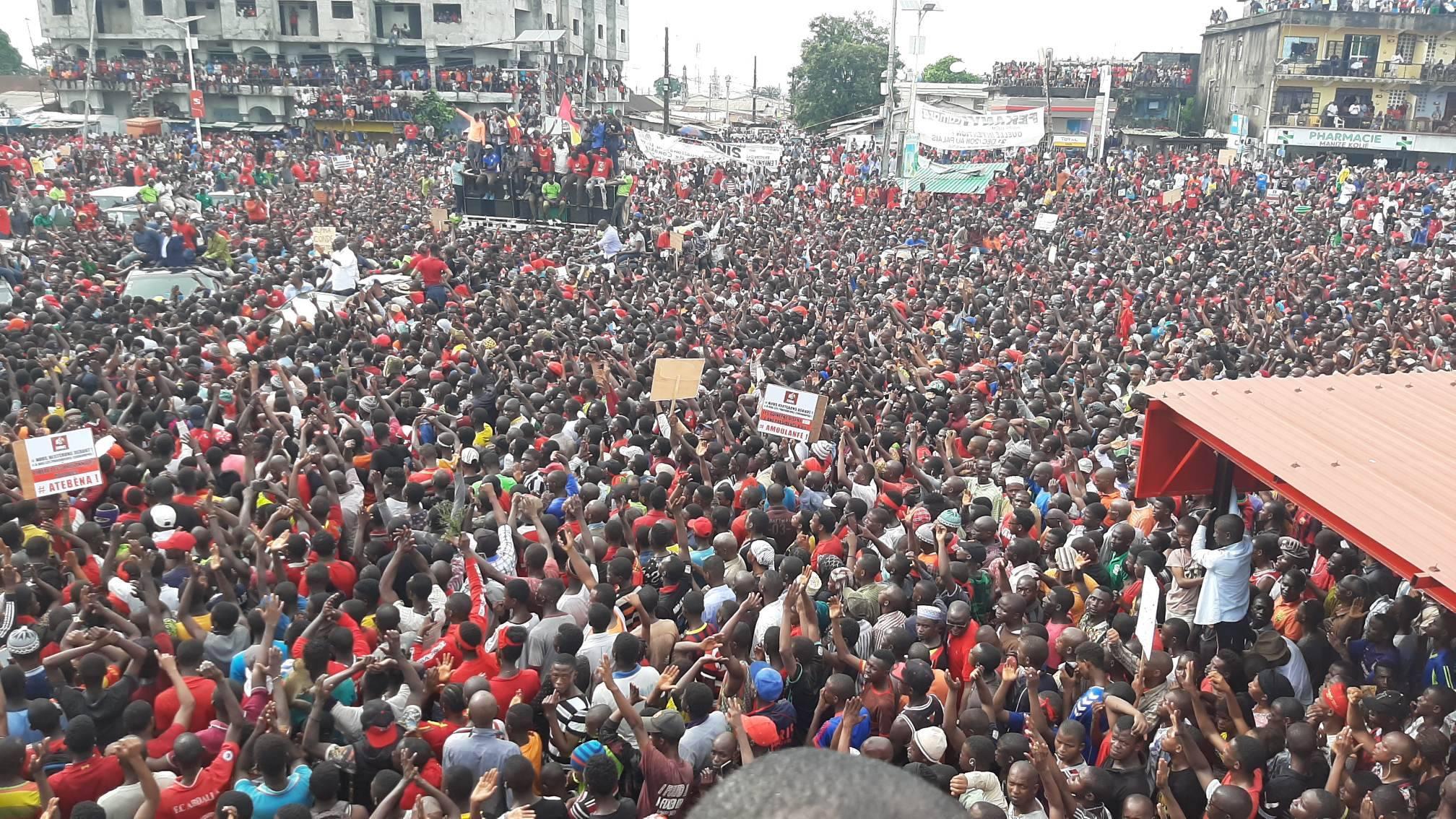 Guinea, a vueltas con la Constitución